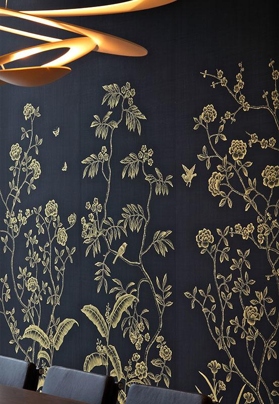 banana garden wallcoverings on black silk with gold pattern color suitable for office and living room