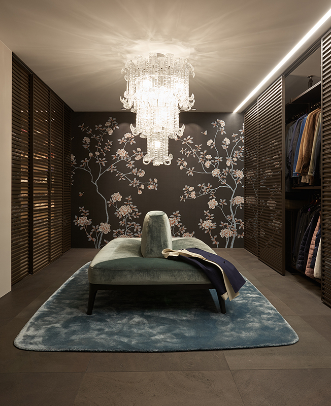 Tessuto da parati su seta pura color balck per allestimento showroom