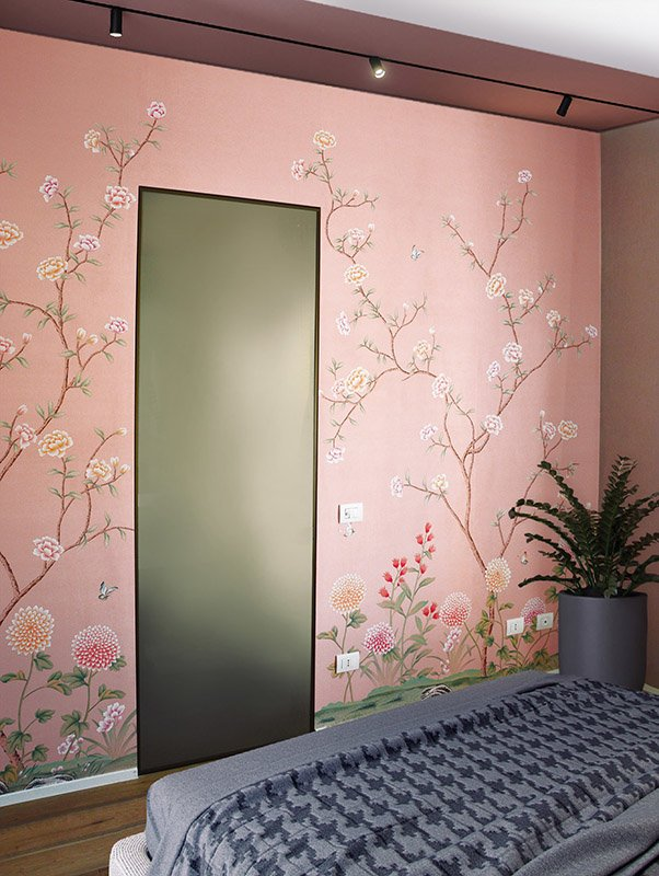 Imperial garden with flower wallpaper on pink background silk wallcoverings for bedroom