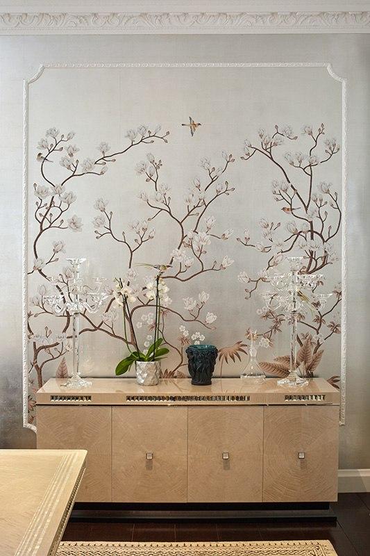 oriental design wallcoverings on metallic wallpapaper for living room