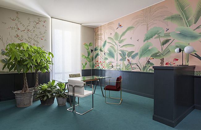 Misha office in Milan with wallcoverings