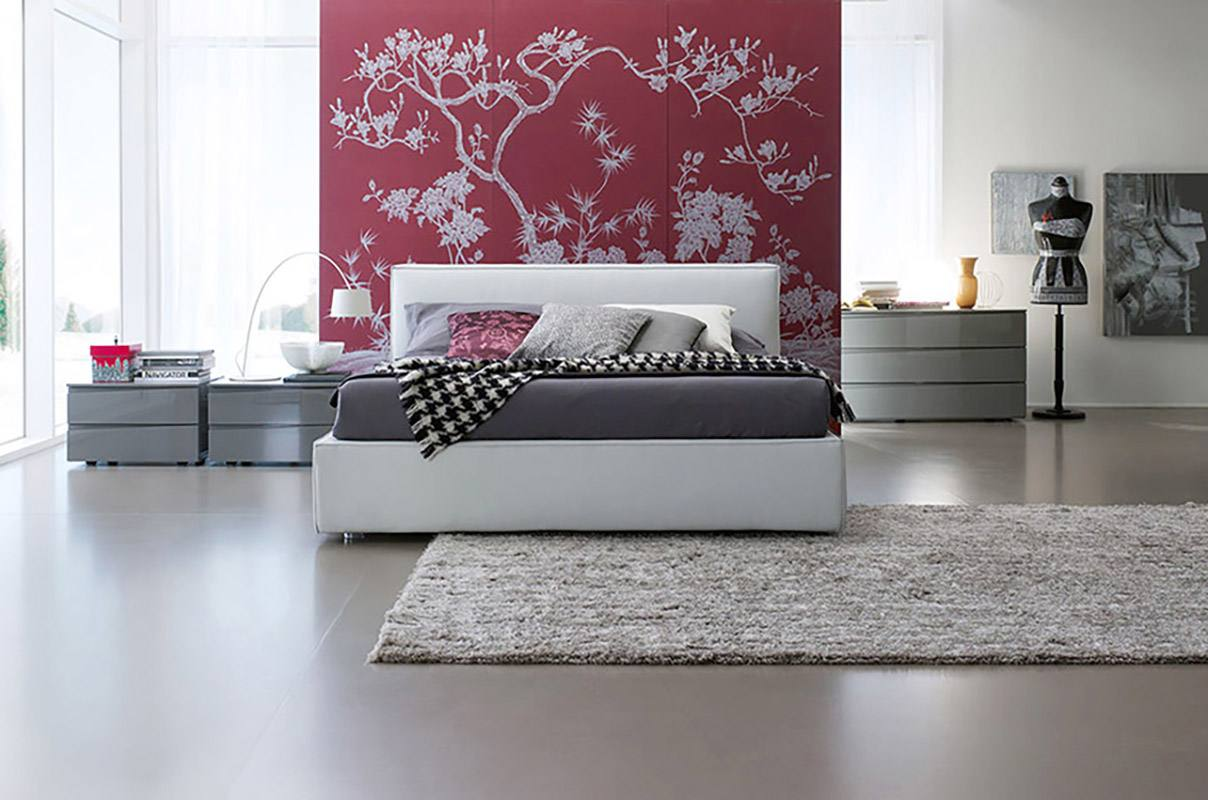 Silk wallcoverings for bedroom with winter magnolia design on red beackground color for bedroom