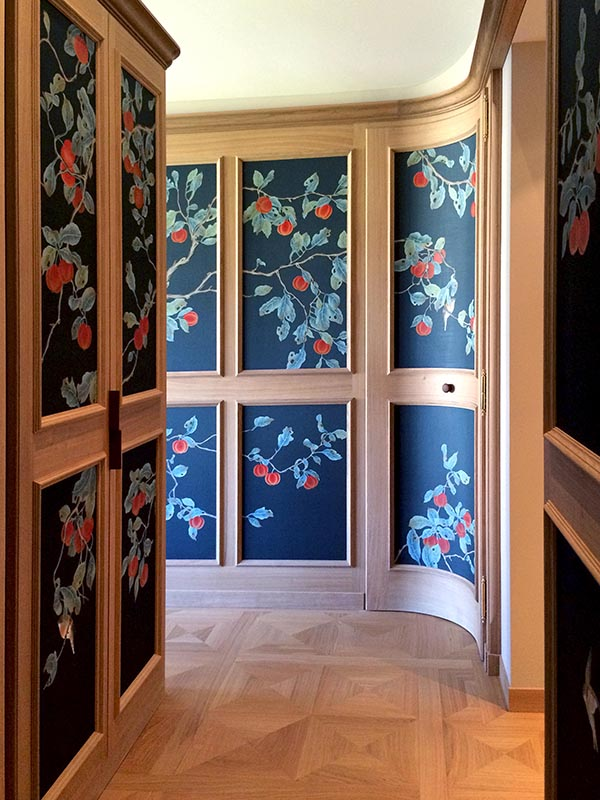 beautiful hall at homes with silk wallcoverings japanese style