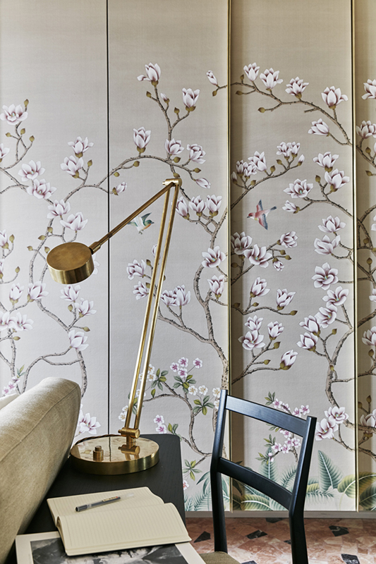 oriental design wallcoverings details for bedroom and closet with gold colour theme