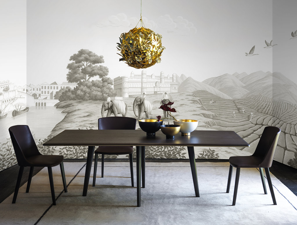 Printed wallpaper Grisaille colour