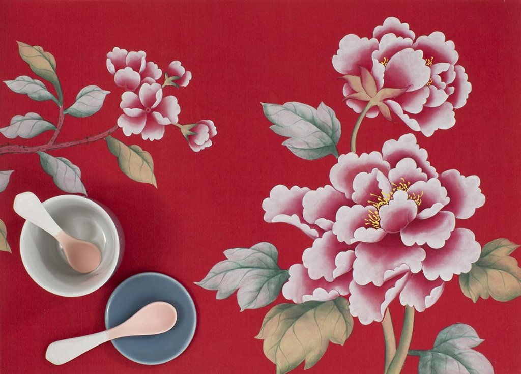 Beautiful details Red peonies silk wallcoverings on red background