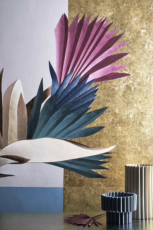 Still life picture by Davide Lovatti cabana wallpaper with hand painted and embroidery details